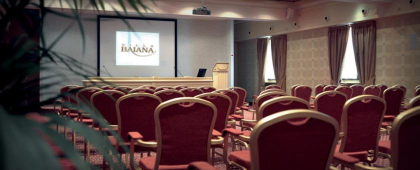Centro congressi di Villa Baiana